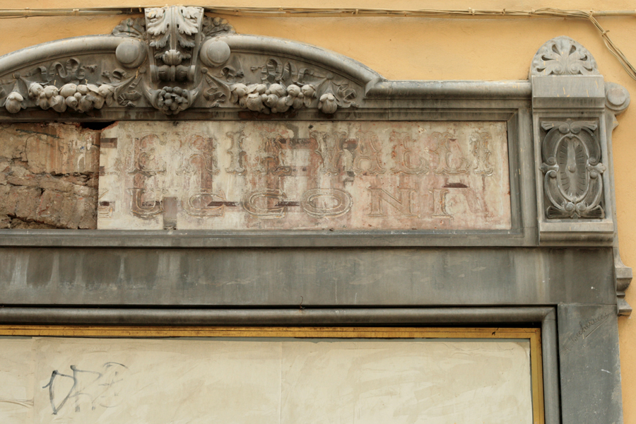 Vernacular Typography Florence Italy 010