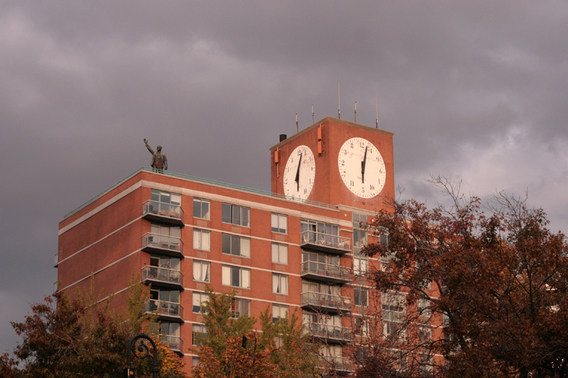 Woodward_Vernacular Typography_Clocks_001