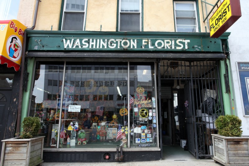 Molly Woodward Vernacular Typography Newark New Jersey Washington Florist Neon Storefront