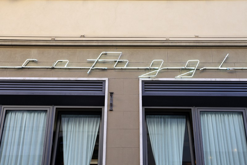 Molly Woodward Vernacular Typography Florence Italy cofoggi script neon lettering
