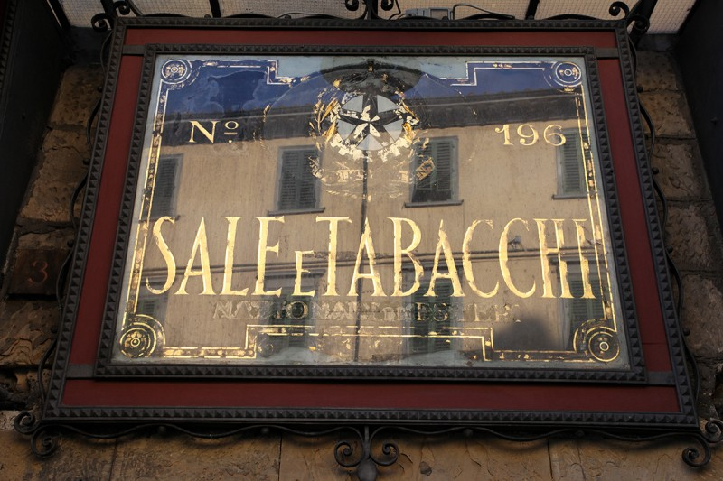 Molly Woodward Vernacular Typography Florence Italy Sale e Tabacchi gold on glass lettering
