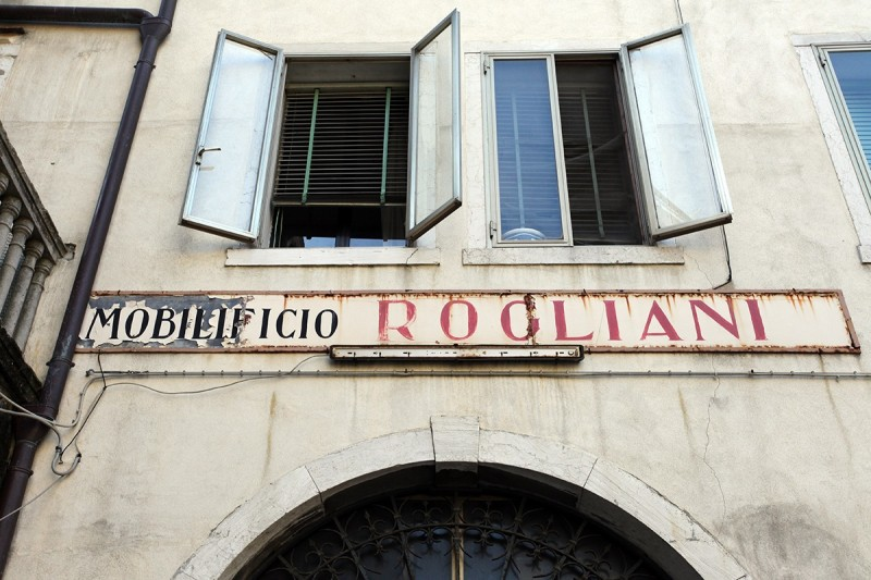 Vernacular Typography Venice Italy Hand Painted Storefront Lettering