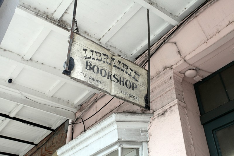 Molly Woodward Vernacular Typography New Orleans Libraire Hanging Sign