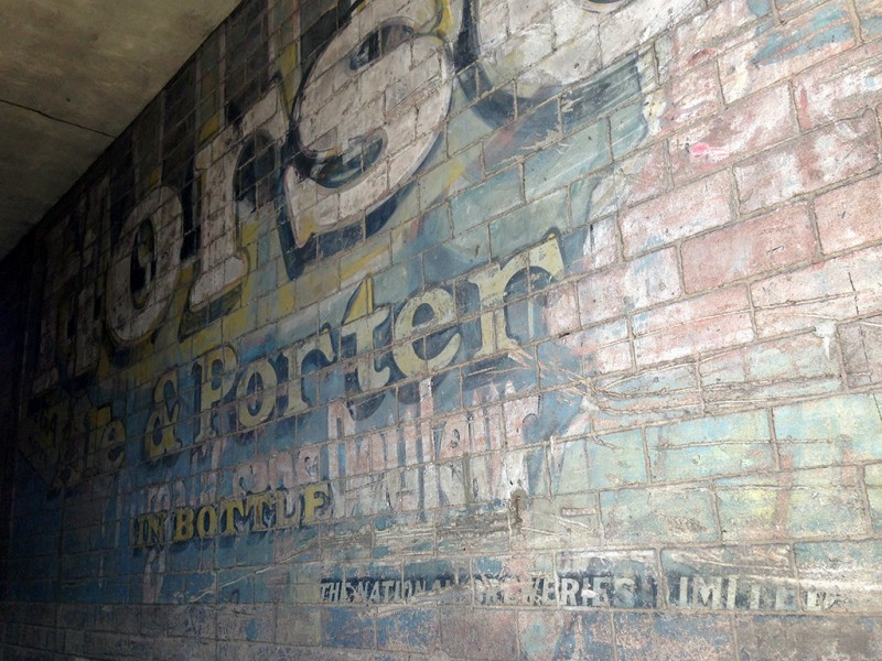 Vernacular Typography Montreal Ghost Sign Morse Ale and Porter