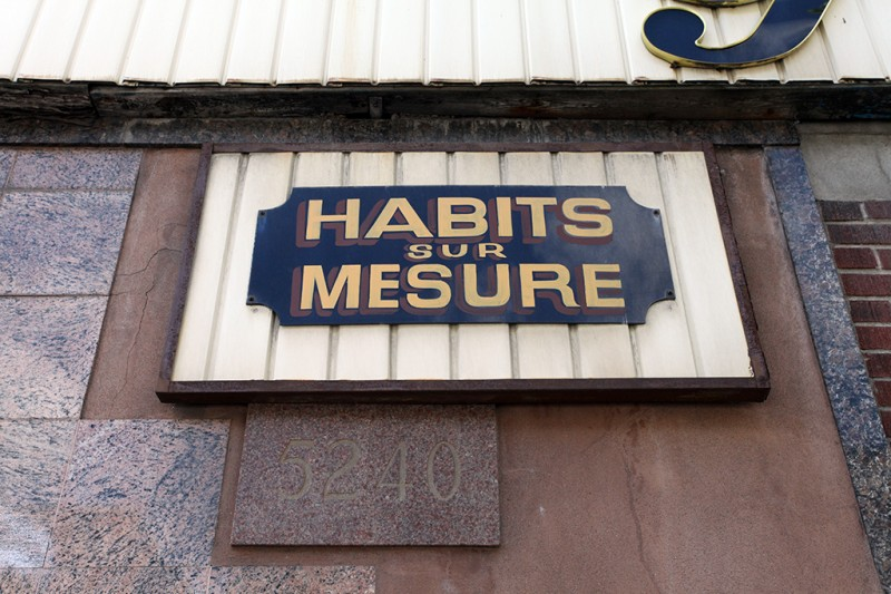 Vernacular Typography Montreal Giovanni Habits sur Mesure Hand Painted Sign